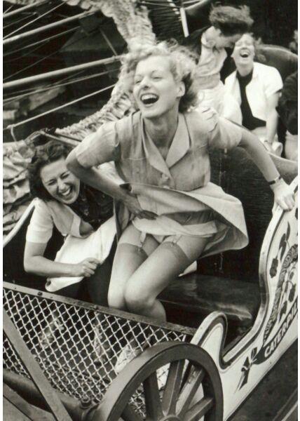 Nostalgie Retro Postkarte Enjoying Rollercoaster