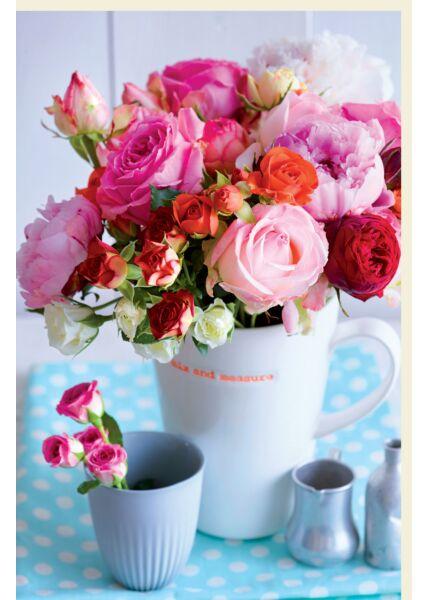 Blankokarte Rosenstrauß in weißer Tasse, Röschen im Becher